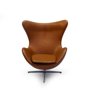 Fritz Hansen Elegance Leather Cognac, Egg Chair by Arne Jacobsen. Symple Design Copyright 2019