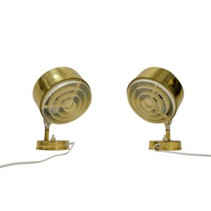 Vintage Pair of Swedish Sconces, gold coloured, for sale mobilier vintage Suisse